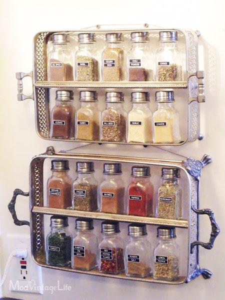 Mod Vintage Life Spice Rack