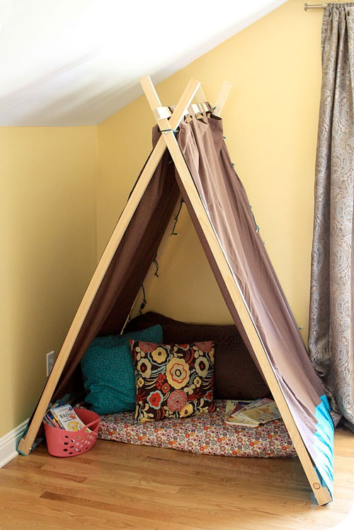 Reading Nooks: Make your own private reading corner by putting together a fun tent.