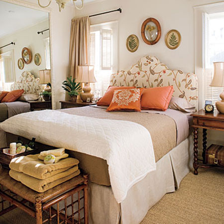 Guest room essentials tips and ideas to play the perfect Guest bedroom decorating tips