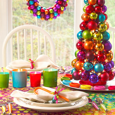 christmas table ideas if you cant decide on one color choose them - Colorful Christmas Decorations