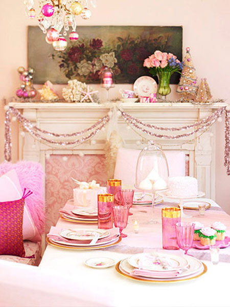 Christmas table ideas decorating with unexpected colors - Deco table noel chic ...