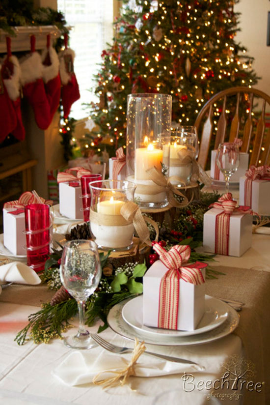 Christmas table ideas decorating with red and green Christmas table dressing