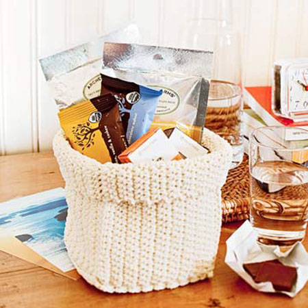 Guest Room Essentials: Nothing says welcome like a basket of treats. Your guests will appreciate have fresh fruits, packaged crackers, cookies and bottled water available to them in their room.