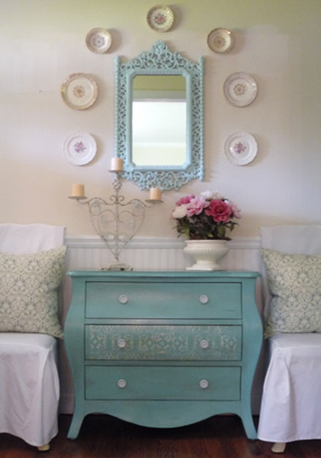 Turquoise Room Ideas: A turquoise Bombay chest and mirror give this entry hall charm and personality.