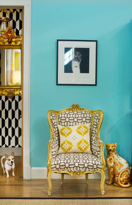 Turquoise Room Ideas: Turquoise and yellow make a striking combination when paired with black accents.