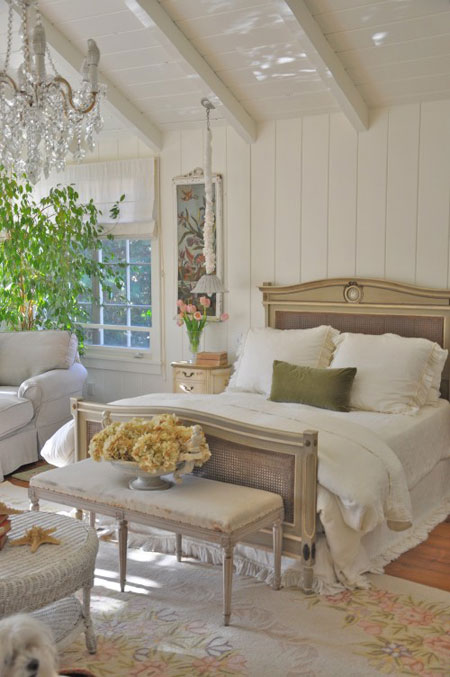 French Romantic Bedroom: All White Rooms: Decorating With The Color White