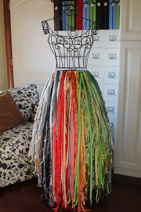 Craft Storage Ideas: Ribbons on Wire Dress Frame