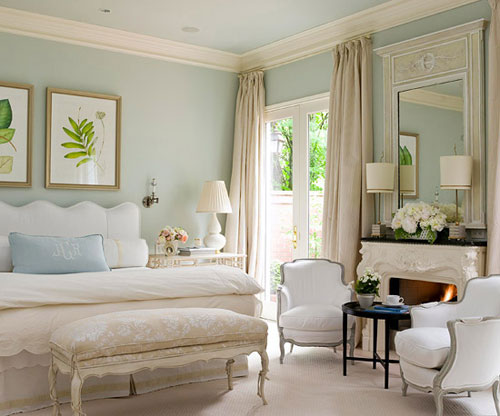 Choosing Colors for Rooms: The soft blue on the walls is the perfect backdrop for creating a soothing and calming bedroom.