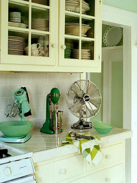 Green Rooms: Inspiration for Every Room in the House   The Decorating Files   www.decoratingfiles.com