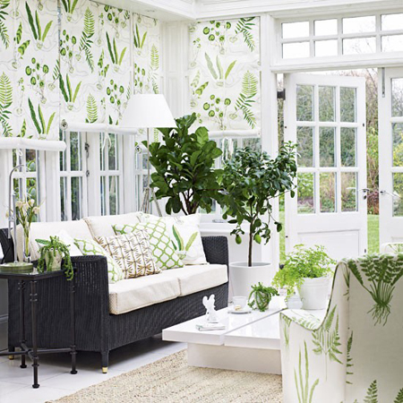Sunroom decorating ideas 11 gorgeous rooms for Sunroom garden room