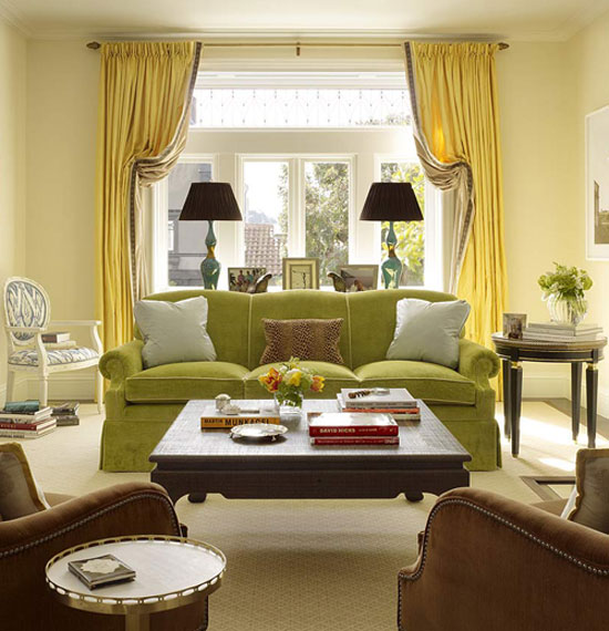 Colorful Couches and Tips from Top Interior Designers | Decorating Files | decoratingfiles.com