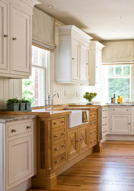 Contrasting Kitchen Cabinets Stylish Two Tone Looks