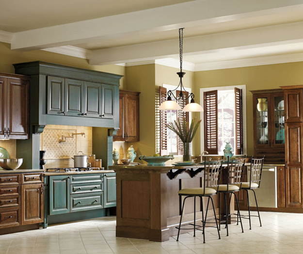 Contrasting kitchen cabinets stylish two tone looks for 2 toned kitchen cabinets