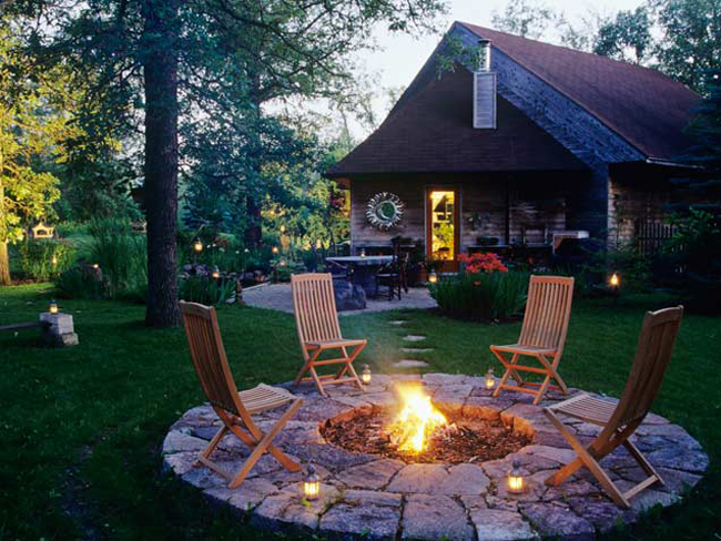 Fall Backyard Burn : 10 Design Ideas for an Outdoor Fire Pit