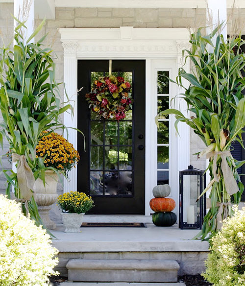 10 entryway ideas that celebrate fall in style for Outdoor foyer ideas