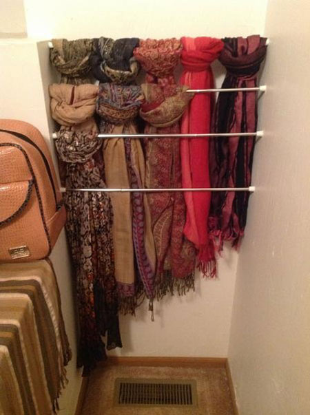 Organize accessories with these 28 clever ideas - Comment ranger les foulards ...