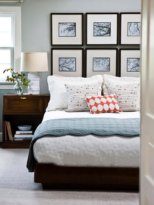 Bedroom decorating ideas what to hang over the bed for Bedroom ideas above bed