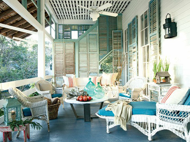 """Front Porch Ideas That Say """"Welcome"""" - The Decorating Files"""