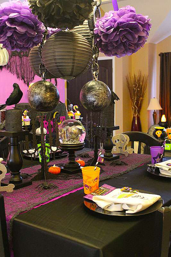 Halloween table settings 12 spooky glamorous ideas for Deco de table halloween