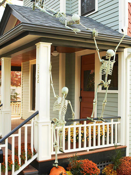 10 Ideas For A Haunting Entryway